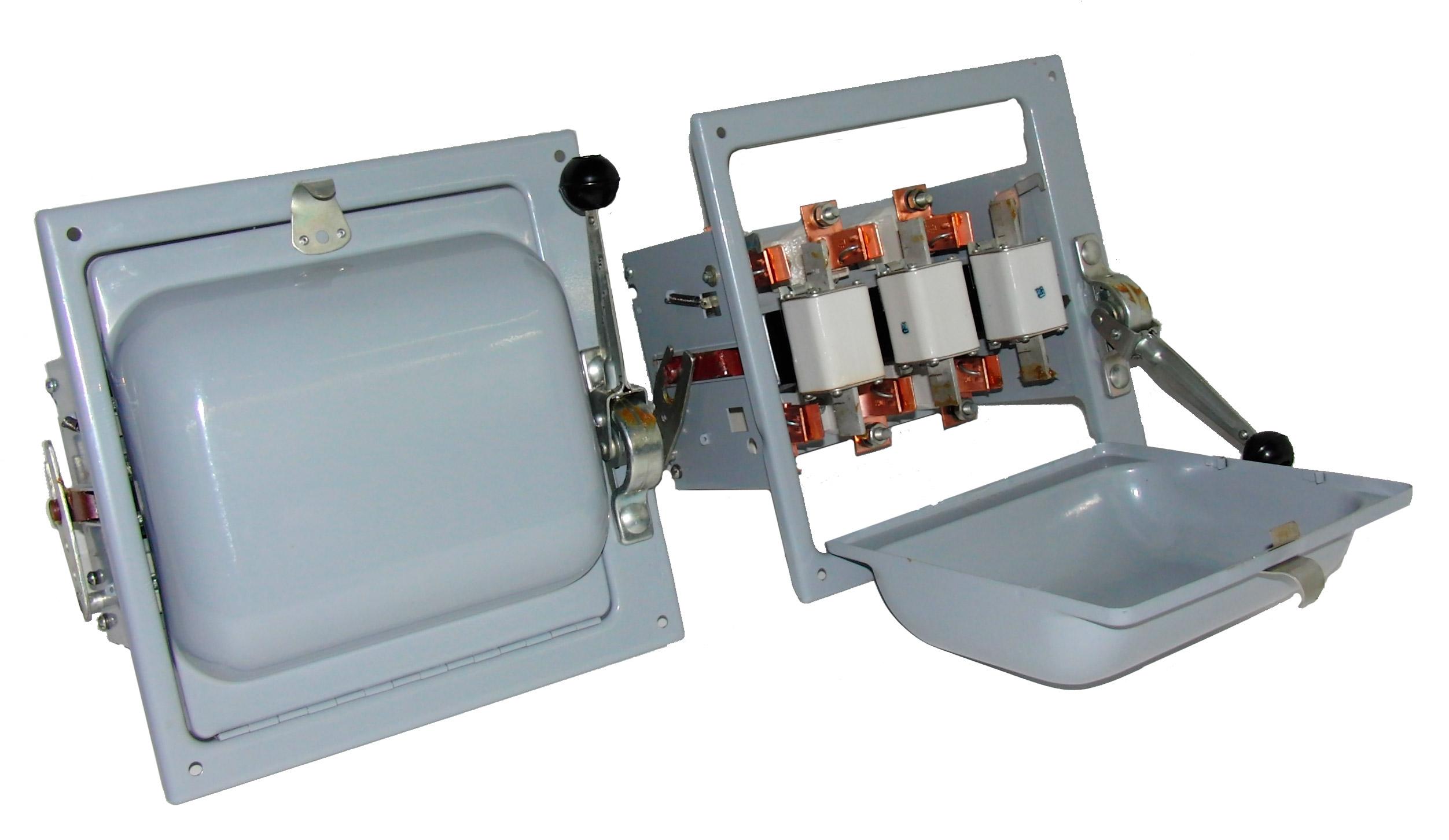 Блок предохранитель-выключатель БПВ-2
